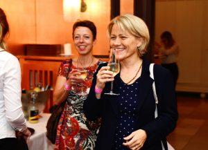 VILLA LEONHART Eventlocation-Zufriedene Gäste, Sektempfang