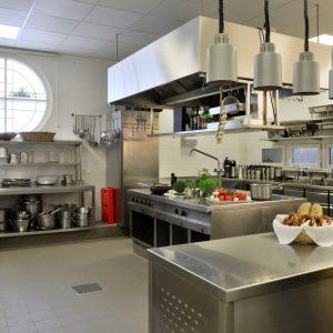 Unsere Profiküche für Ihr Team Building und Ihre Koch-Events mit bis zu 20 Personen