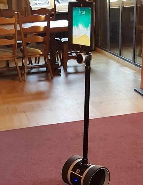 villaleonhart.de-telepraesenz-roboter-in-der-villa-leonhart