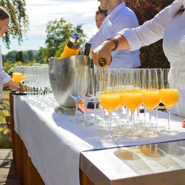 VILLA LEONHART Eventlocation, Hochzeit Catering, Sekt